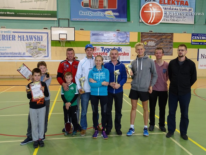 64turniej_badminton